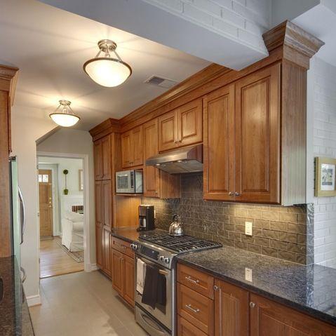 Honey Oak Trim Design Ideas Pictures Remodel And Decor Kitchen Design Honey Oak Trim Kitchen Remodel