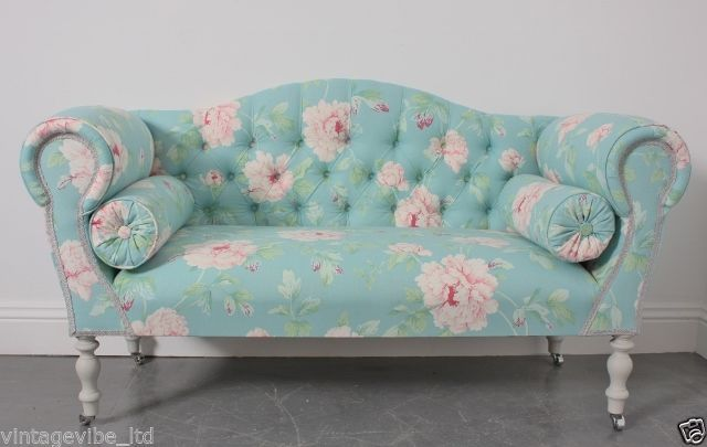 Small Traditional Floral Sofa