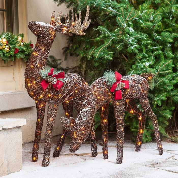 Christmas Decor For Front Porches Reindeer Decorations Reindeer Outdoor Decorations Country Christmas Crafts