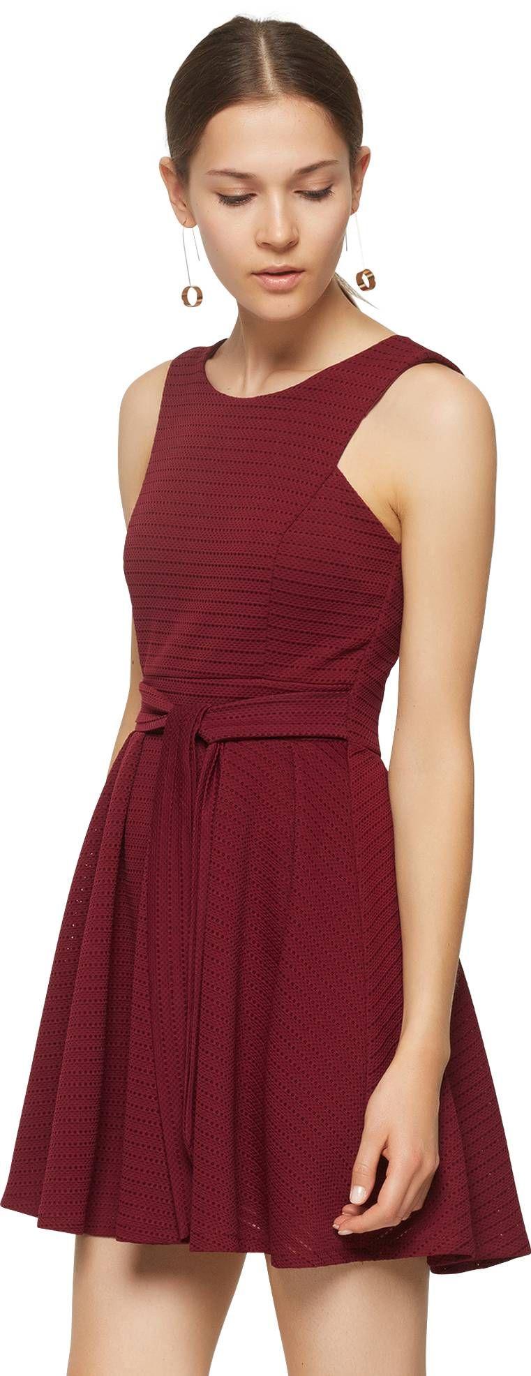 ♥ Ausgestelltes Kleid mit Lochmuster von WAL G. ♥ | Herbstmode ...