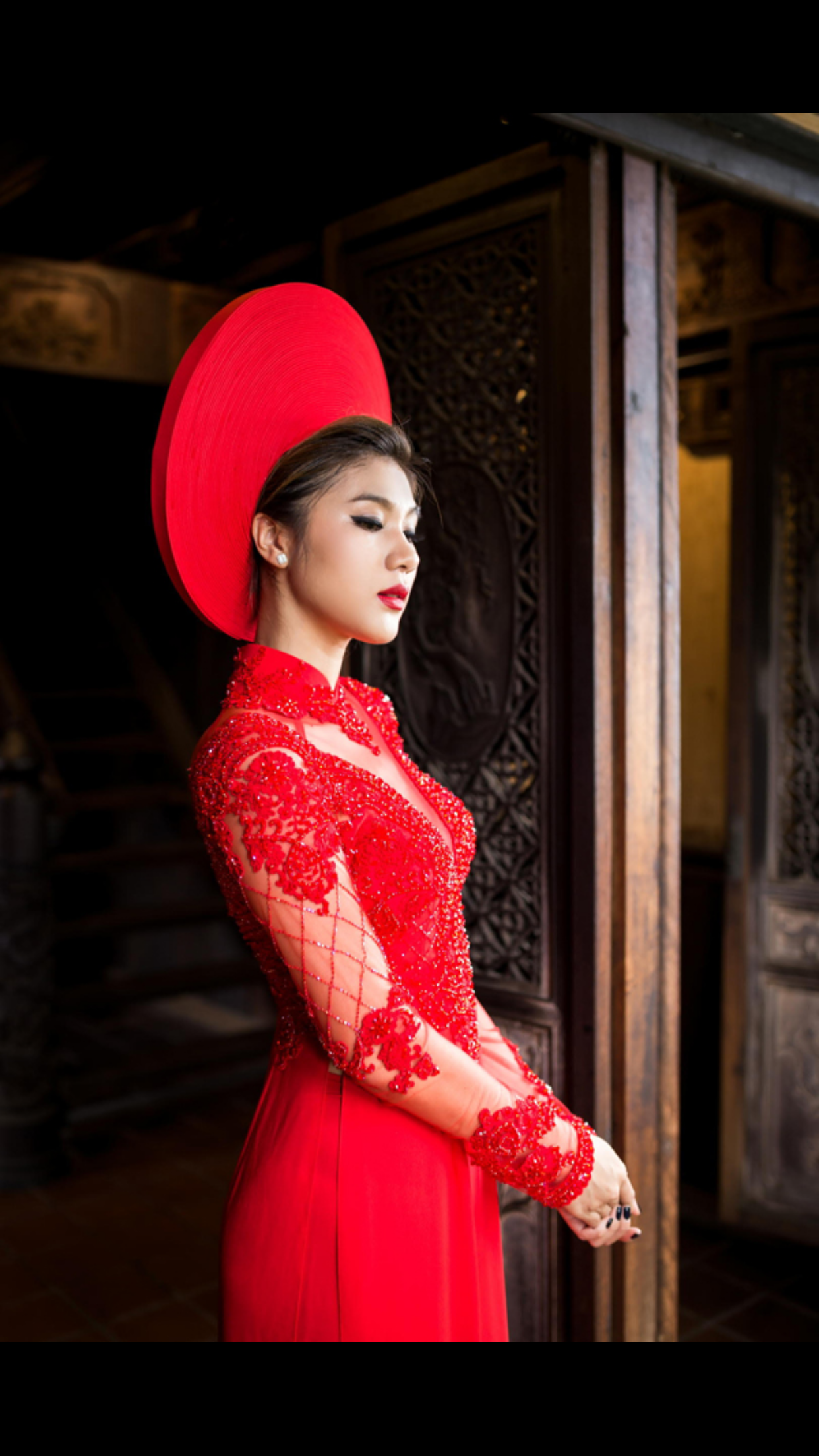 Beautiful Ao Dai Vietnamese Bridal Dress Stunning