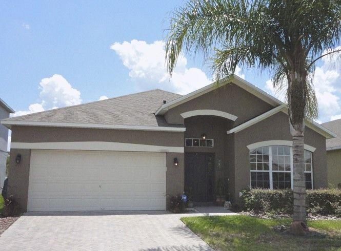 Amazing Home For Sale In Orlando Florida Big Palm Tree Nice Home Interior And Landscaping Ponolsignezvosmurscom