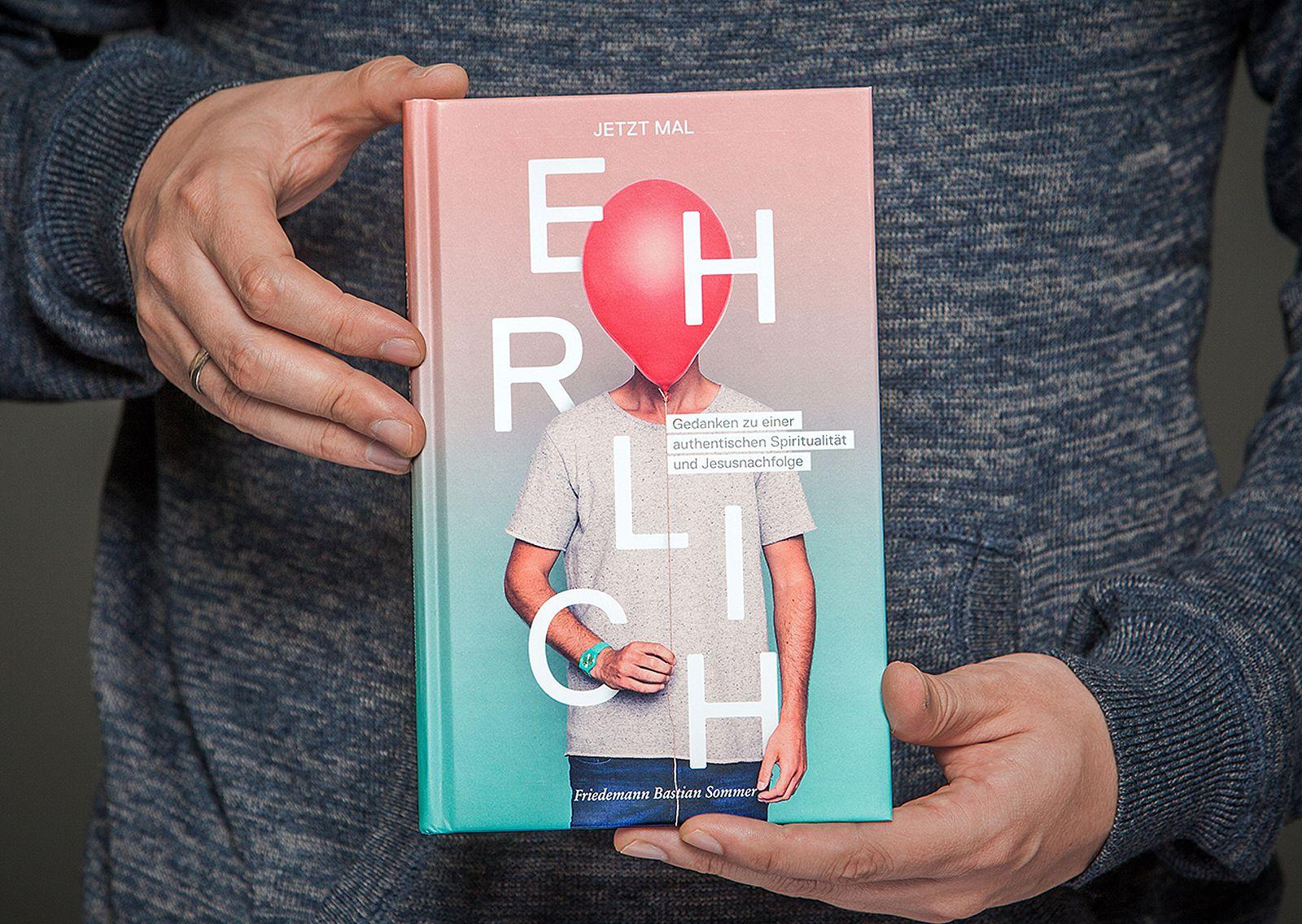 """Buchcover-Design """"Jetzt mal Ehrlich"""" von Daniel Hartmann // www.starkstromgrafik.de"""