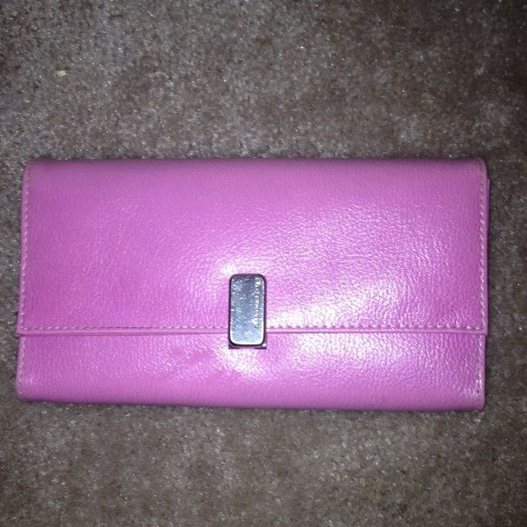 A beautiful wallet by Liz Claiborne Great condition  Liz Claiborne Bags Wallets