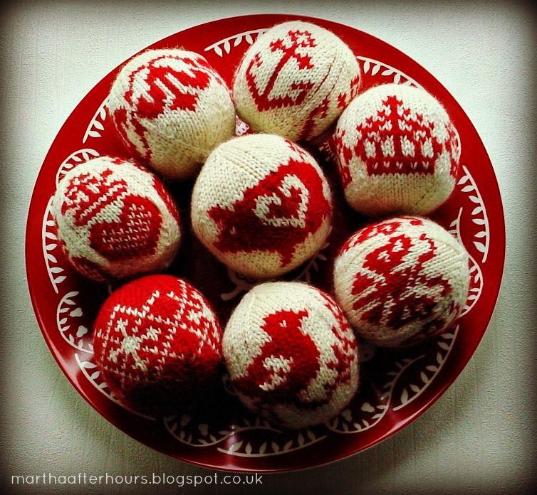 julekuler - christmas knitted balls :)
