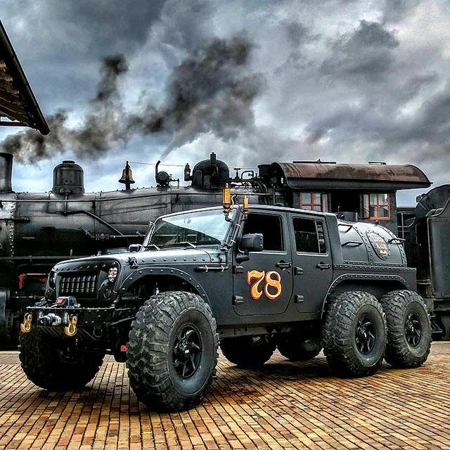 Loco Hauk Is An Outrageous Steam Powered Jeep Jk 6 Wheeler Throttlextreme Jeep Cars Jeep Jk Jeep Truck