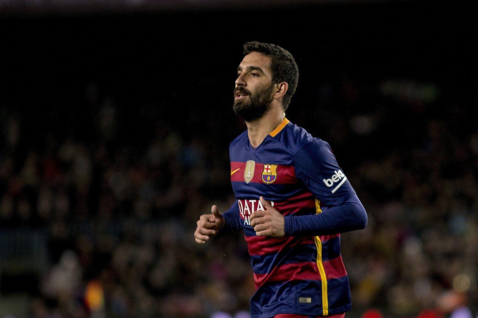 Arda Turan Ingin Habiskan Karir Bersama Barcelona