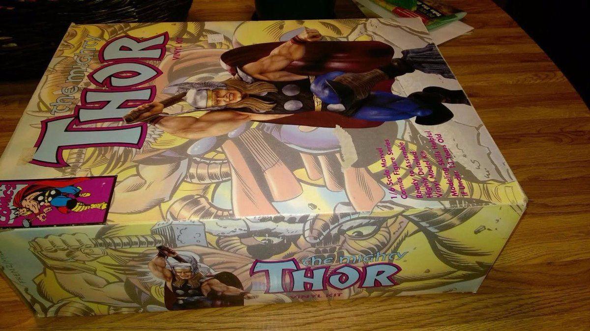 #Popular - Marvel Comics The Mighty Thor 1/6 scale comics figure viny model kit 1993  http://dlvr.it/MzC4JK - http://Ebaypic.twitter.com/LsTrVothKd