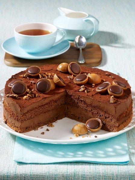 Schoko Traum Nuss Nougat Torte Mit Toffifee Wunderweib Kuchen Und Torten Nougat Torte Einfacher Nachtisch