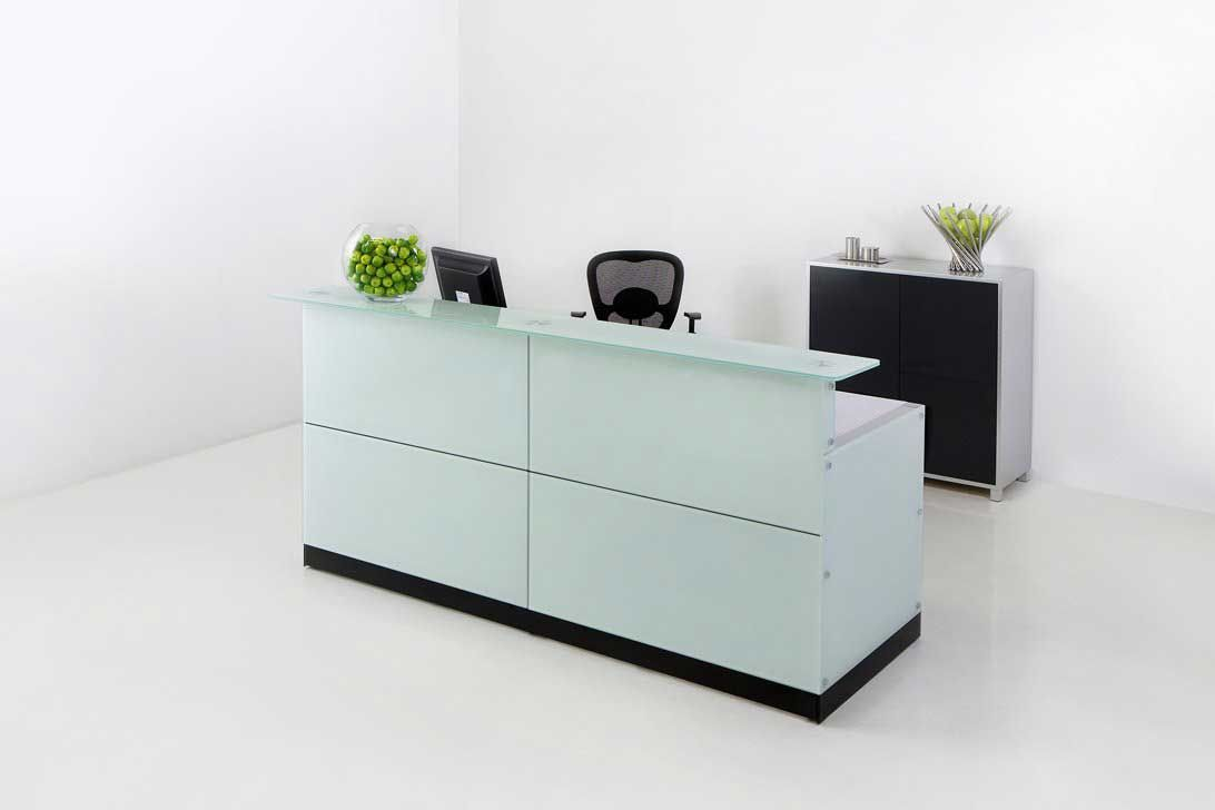Modern office table with glass top - Office Reception Desk Will Add Some Flash To The Reception Area Glass Material Is Already Widely Used To Create A Variety Of Office Furniture