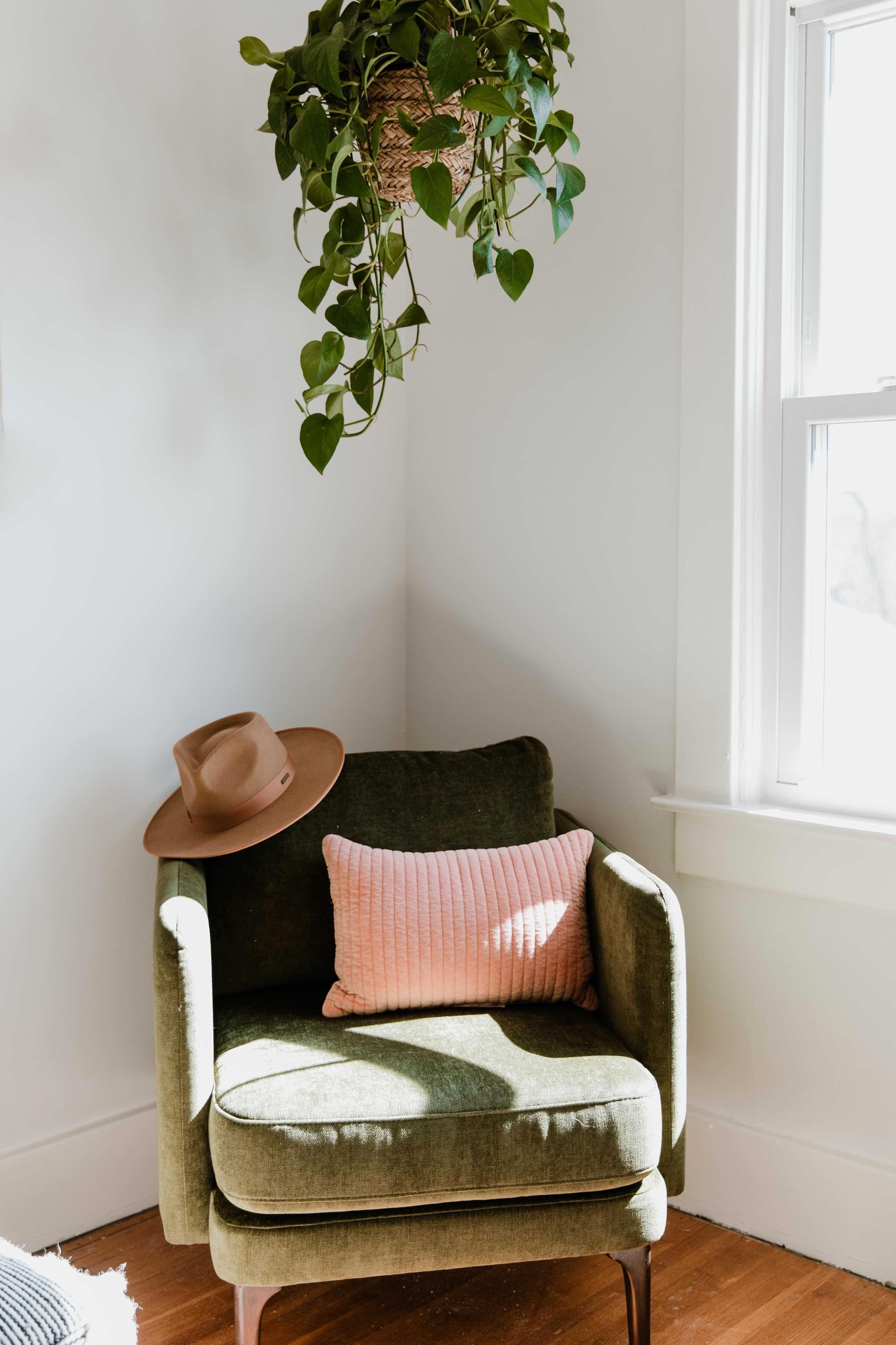 cozy corner in love hunter s home office on smart corner home office ideas id=51444