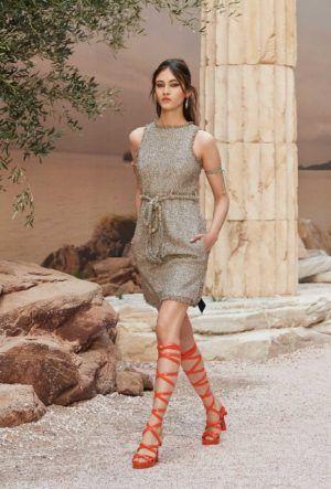 Pin di 주연 김 su платья | Stile di moda, Grecia stile ...