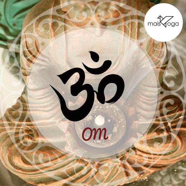 O mantra OM é o mais antigo mantra (um som sagrado e dotado de poder). Ele é considerado o mantra dos mantras.Om é a vibração primordial, o som do qual emana o Universo, a substância essencial que constitui todos os outros mantras, sendo  o mais poderoso de todos eles.
