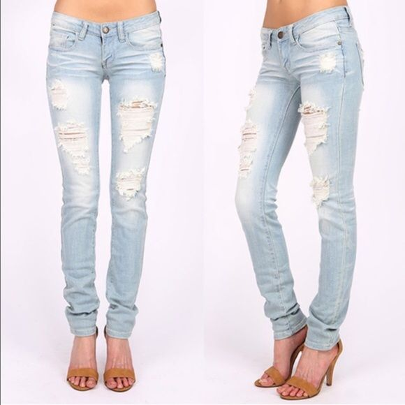 AJA low rise skinnies - L. DENIM Super trendy & comfy SKINNY JEANS 98% COTTON, 2% SPANDEX  . AVAILABLE IN MED & LIGHT DENIM   Low rise skinny leg jeans. Traditional 5 pocket and zip fly zipper closure.   *97% Cotton 3% Spandex Bellanblue Jeans Skinny