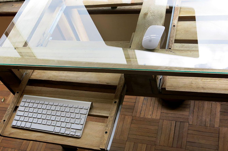 Mesa escritorio en madera de palet 8 palets pinterest - Mesa de palets ...