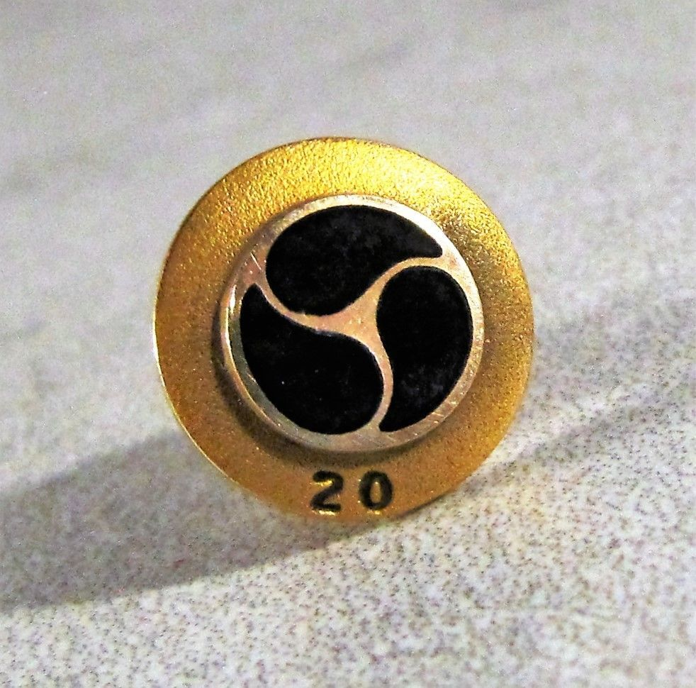 Vintage 10k Solid Yellow Gold General Motors 20 Years Service Pin Tie Tack 2 2g Vintage Yellow Gold 10k