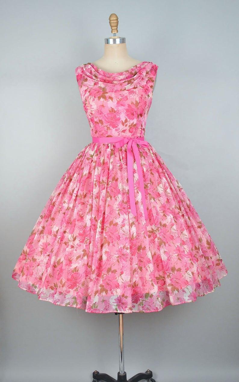 Vintage 50s Rose Print Party Dress 1950s Floral Roses Chiffon Bridal Wedding Cocktail Eveni Vintage 1950s Dresses Vintage Party Dresses Kids Designer Dresses [ 1270 x 794 Pixel ]