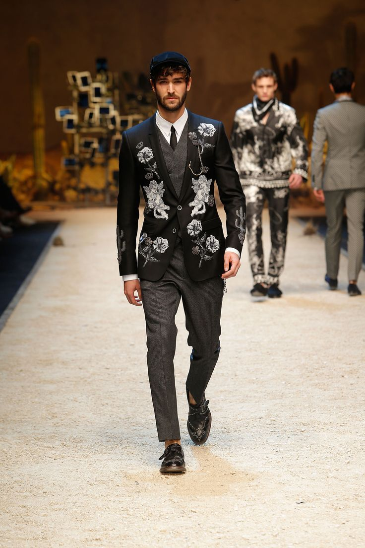 Dolce Gabbana Fall-Winter 2016 2017 Men s Fashion Show.  SicilianWestern  www.dolcegabbana.com faff9b4e81b