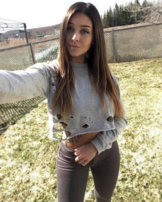 bc5718bb784 Valerie Cossette Cossette, Gorgeous Women, Beautiful, Photo And Video, Crop  Tops,