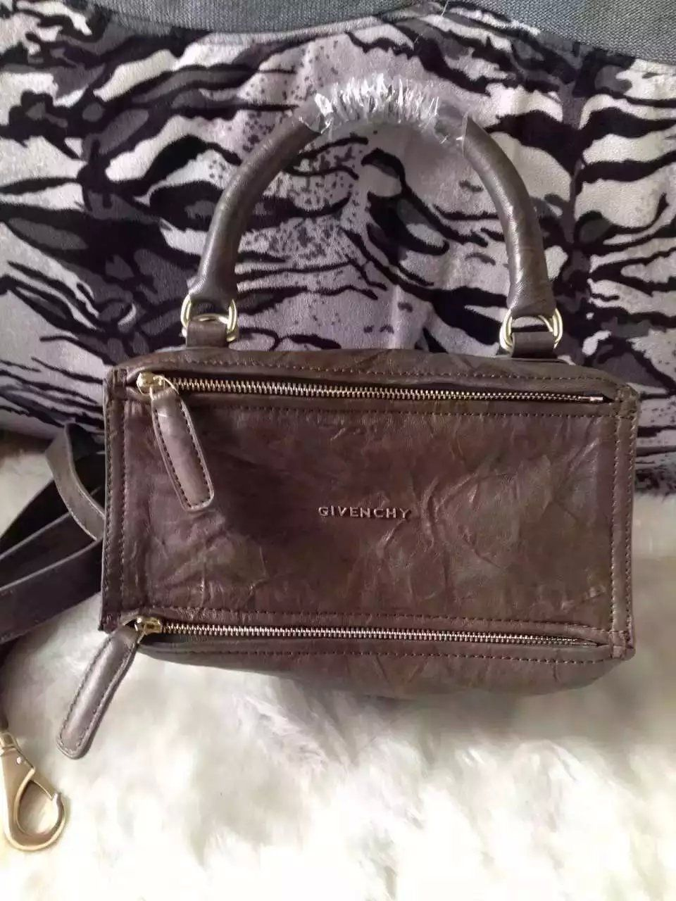 fea3d5f4980 S S 2016 Givenchy Collection Outlet-Givenchy  PANDORA  Small Khaki Pepe  Sheepskin Leather Bag Sale Online
