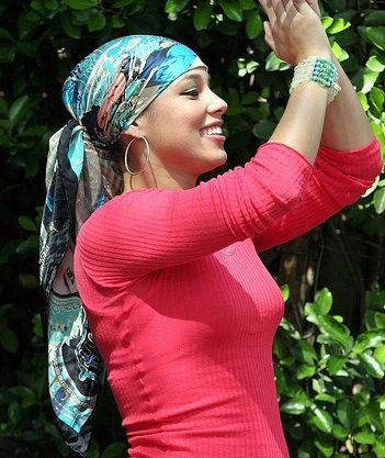 Comment Nouer Son Foulard Episode 1 Fashion Head Scarf Scarf Hairstyles
