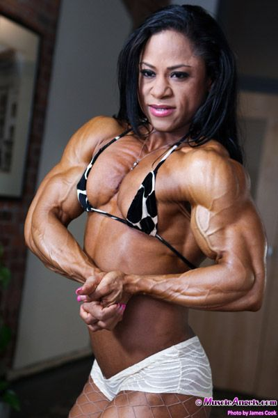 Sexual attraction to female bodybuilders