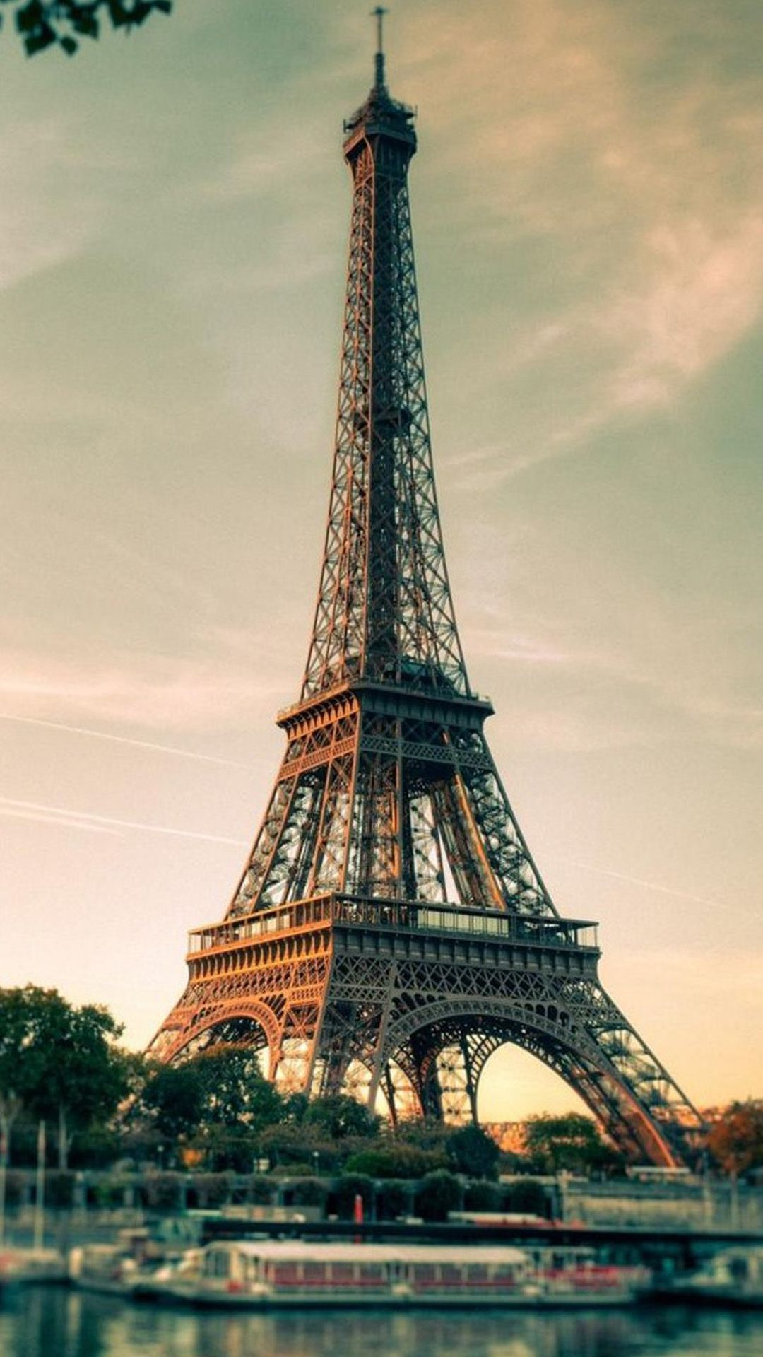 French Eiffel Tower Photography iPhone 8 Wallpapers