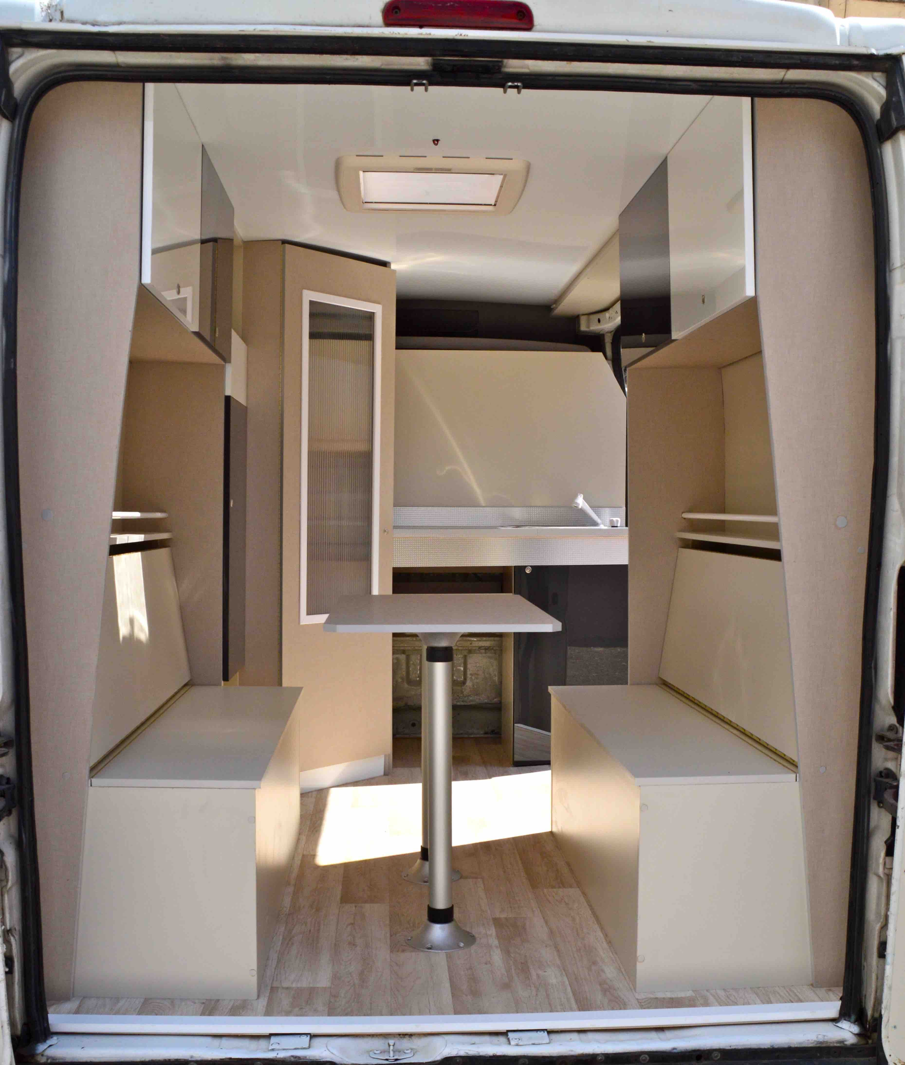 citro n jumper equipada furgonetas preparadas y equipadas vacaciones camper camper pinterest. Black Bedroom Furniture Sets. Home Design Ideas