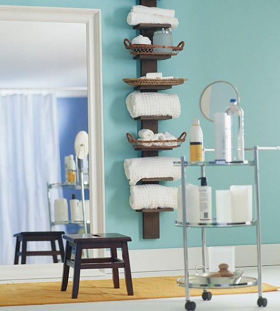 badezimmer organisation schmale vertikale regale | Wohnung ...