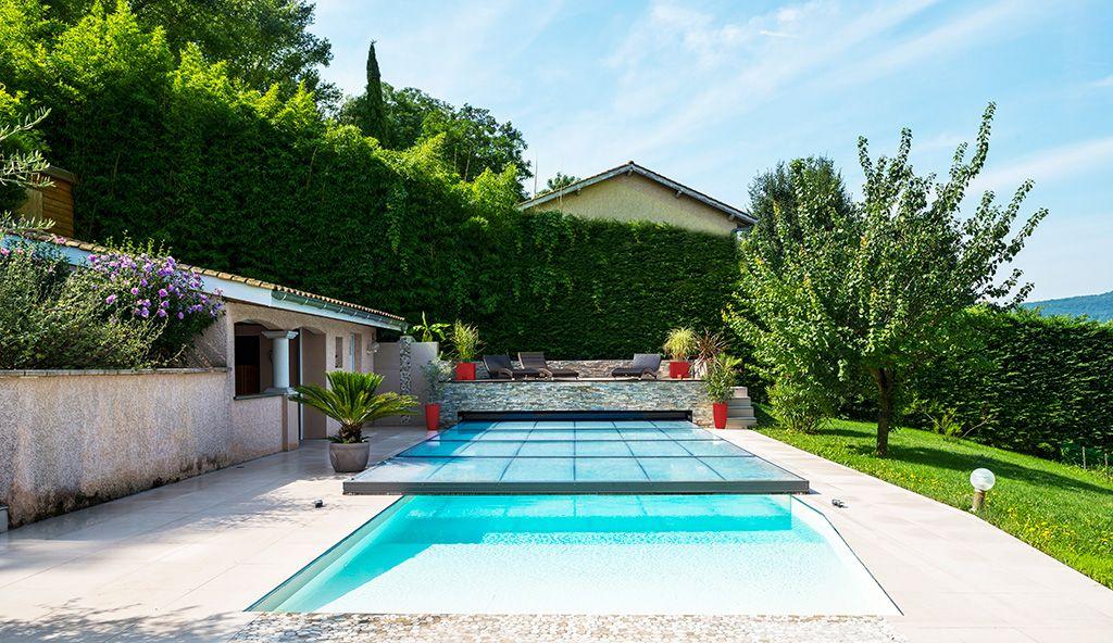 Abri piscine plat motoris piscines pinterest abri for Piscine sevestre