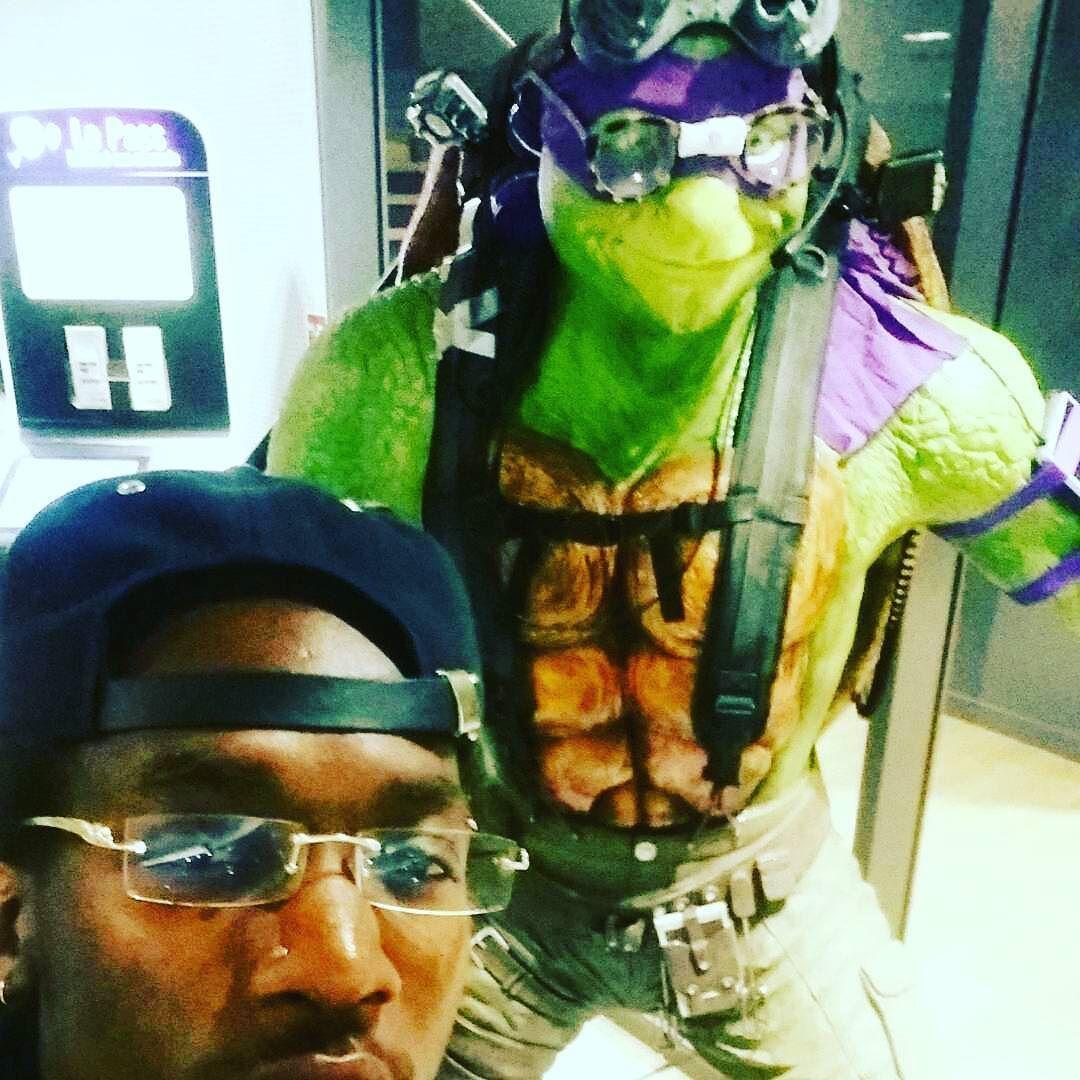 Dj Skd vous ramène un big artiste cette semaine! !!!! @skd_witonton #webadubradio #webadub #dancehall #reggae #radio #android #dancehall #dancehallmusic #dancehallreggae #dancehallqueen #Dancehallfans #NewDancehall #everythingdancehall #bouyon #gwada #trap