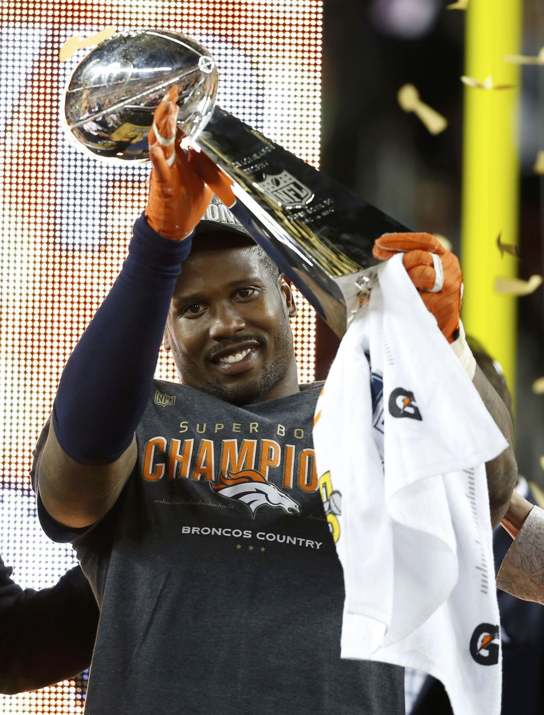 f8874f8e Game MVP Von Miller holds the Lombardi Trophy after the Broncos ...
