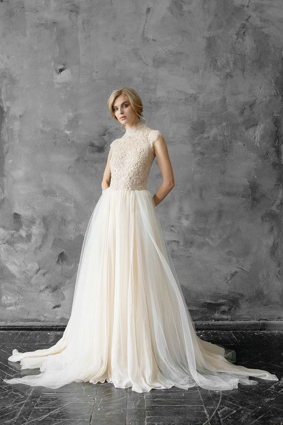 Lace Wedding Dress Peitho Tulle Wedding Gown Champagne
