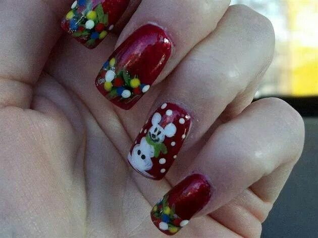 Disney Christmas Nails Adorable Don T You Think Disney Christmas Nails Christmas Nail Designs Disney Inspired Nails