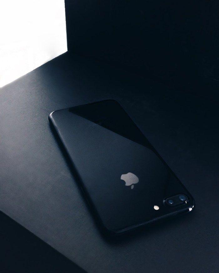 Iphone 7 Plus Preto Brilhante Iphone 7 Plus Jet Black Flatlay Black Iphone 7 Black Iphone Cases Iphone