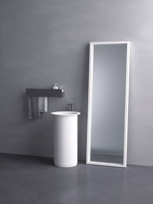 Versione a colonna. cm ø 48 x 85h Design del bagno