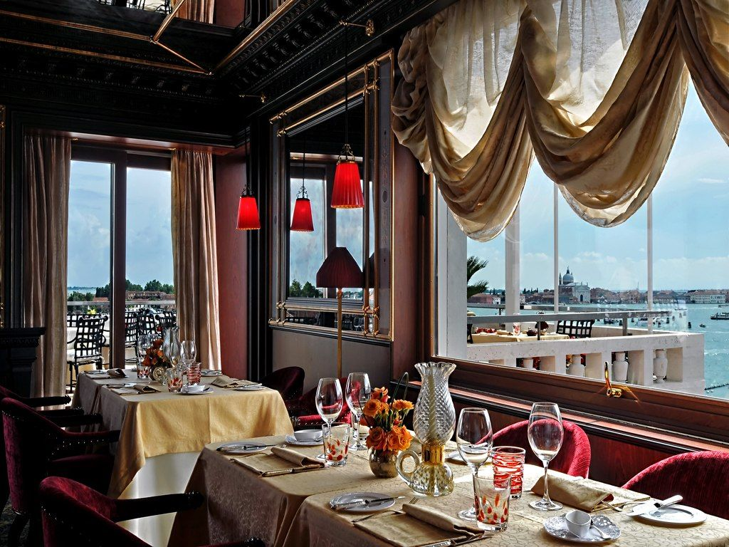 Hotel Danieli Venice, 5-Star Luxury Hotel | Restaurants, Grand canal ...