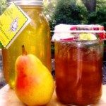 Pear jam with honey