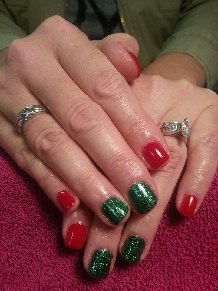Red And Green Glitter Christmas Nail Art Shellac Shellac Nail Art