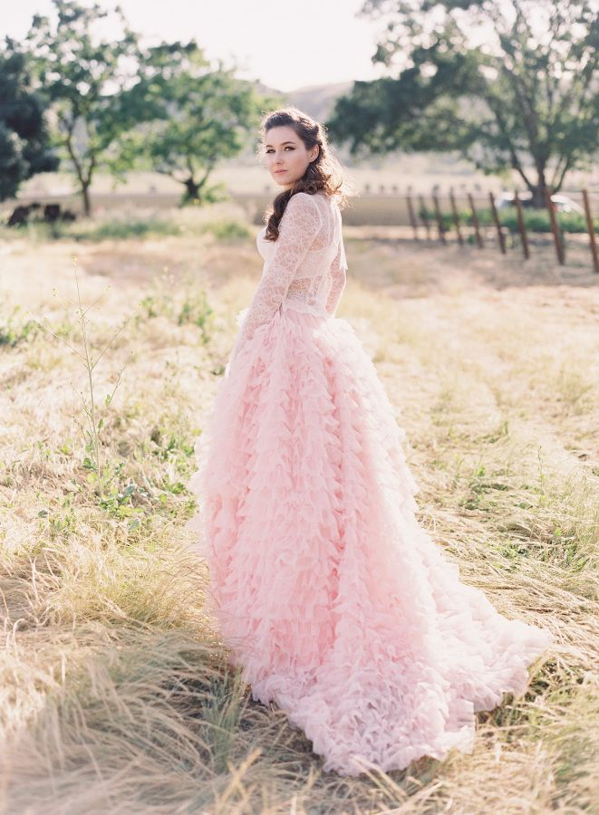 Tendance Robe du mariage 2017/2018 Gorgeous ruffled pink dress: www ...