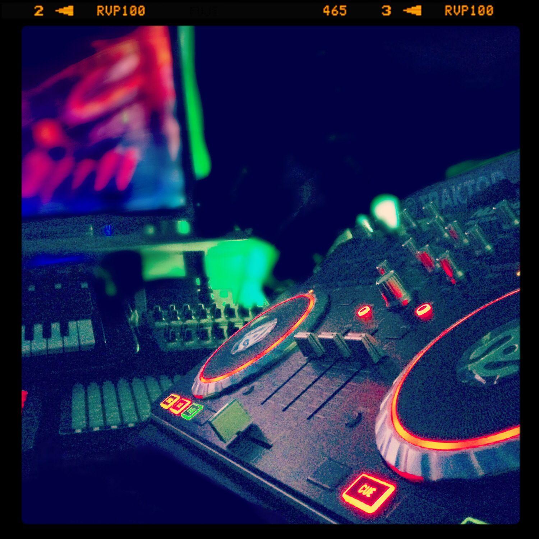Numark Mixtrack Pro 2 Music Techno Music Instruments