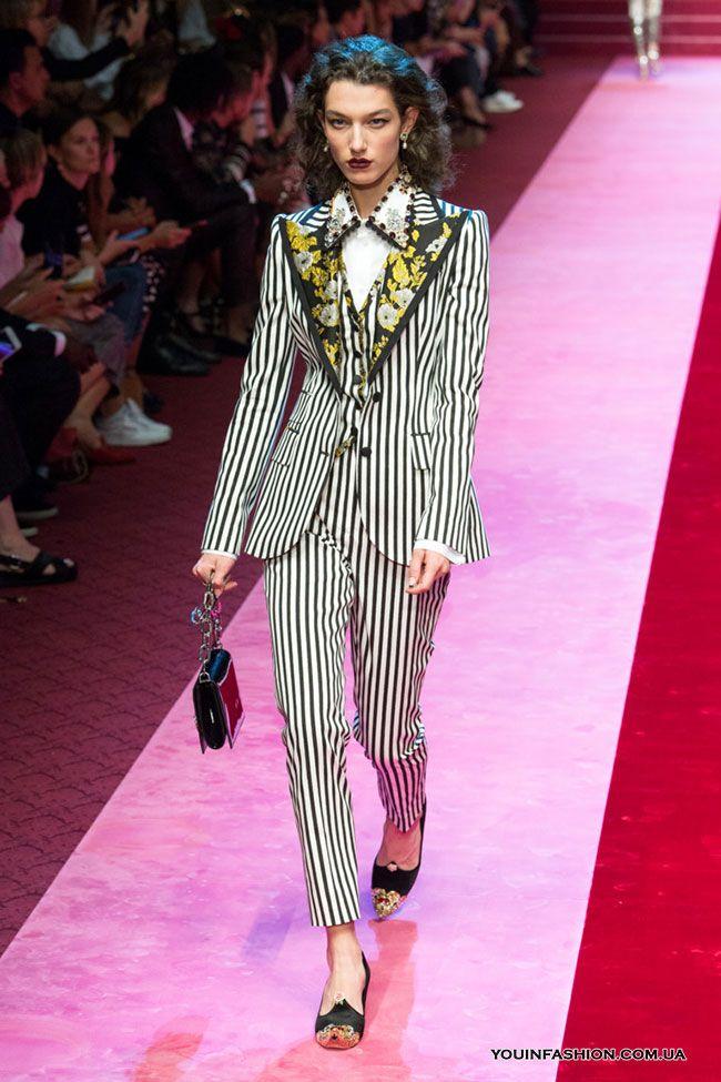 568b2b8c Коллекция Dolce & Gabbana весна-лето 2018 | КОСТЮМ/ COSTUME in 2019 ...
