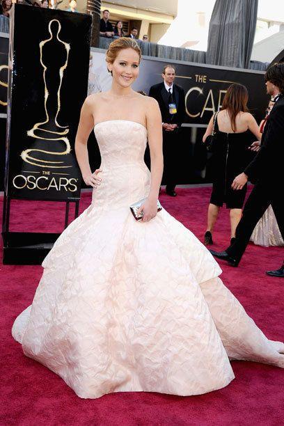 Die schönsten Kleider vom roten Teppich - Ein Oscar für diese Roben ...