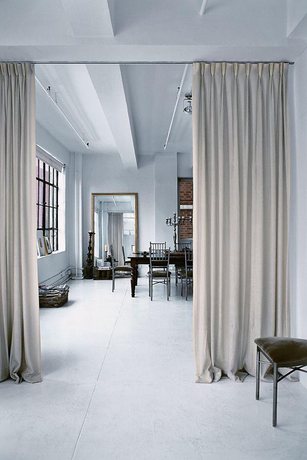 Amsale Aberrau0027s Stylish New York Loft Raumtrenner vorhang