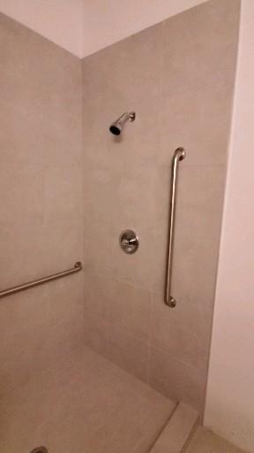 Affordable  handicapped ♿  shower