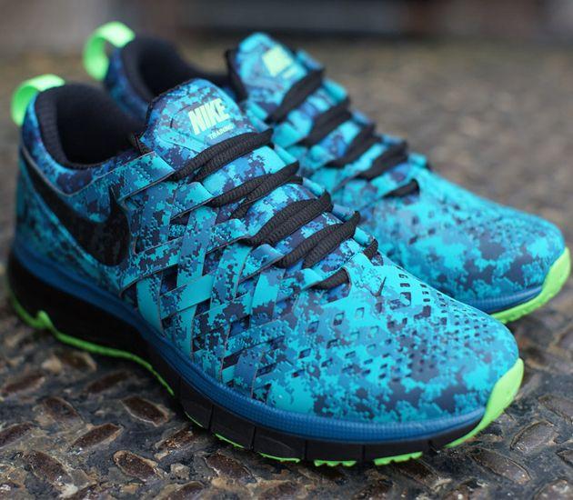 Nike Fingertrap Max NRG – Turbo Green   Black – Obsidian – Electric Green 2a3997ab1