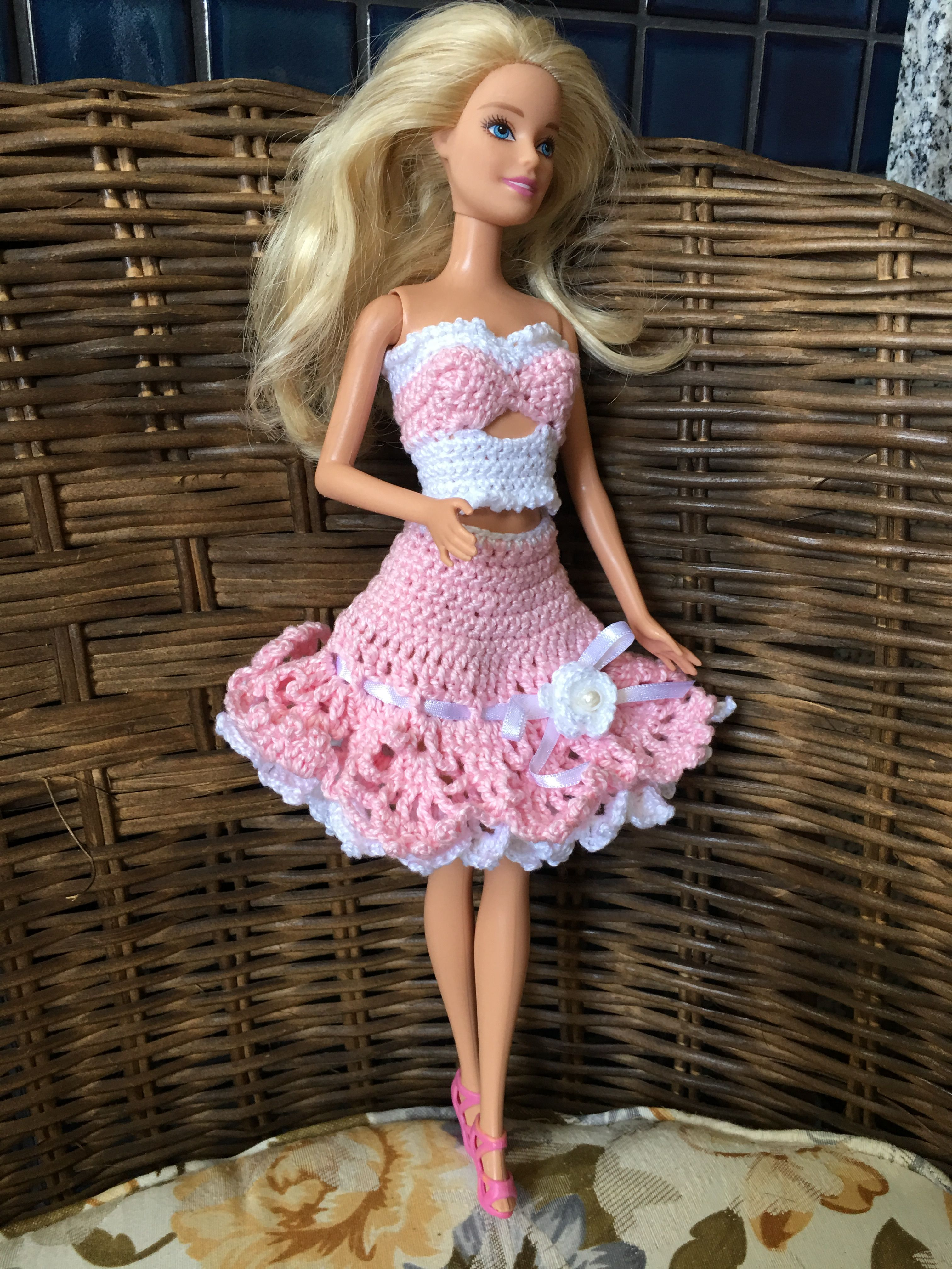 Pin By Dautz Sylvia On Barbykleider Pinterest Barbie Kleider