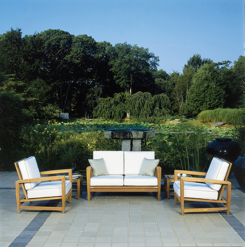 Elegant styling and exceptional comfort merge with our Amalfi Teak ...