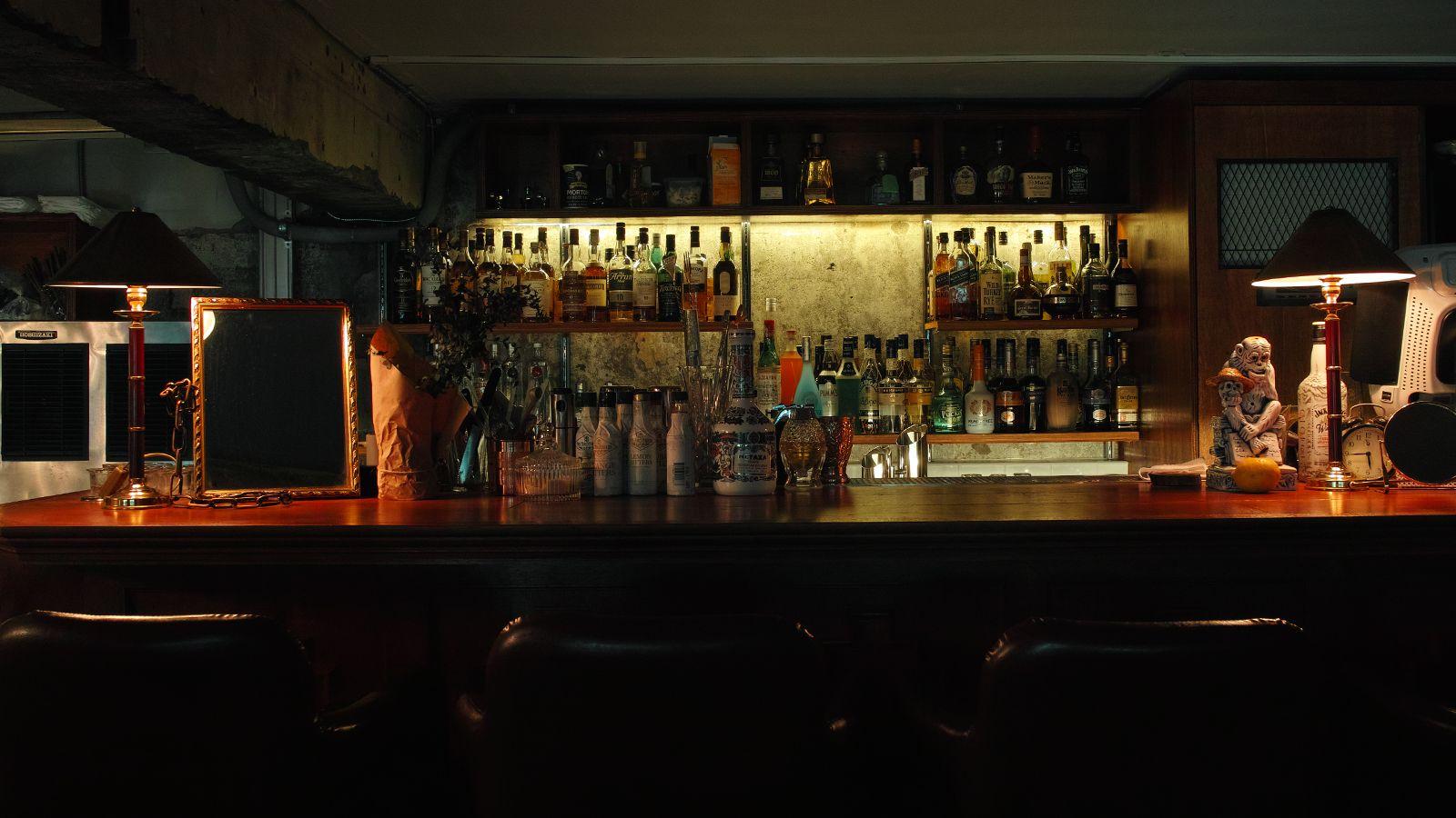 .. ... .. #232seoul #232 #isami #bar #Itaewon #cafe #coffee #cocktail #칵테일 #바 #hannam #한남 #커피 #카페 #二三二 #seoul #korea #이태원 #bar #이삼이 #빈티지 #vintage #한남동 #술