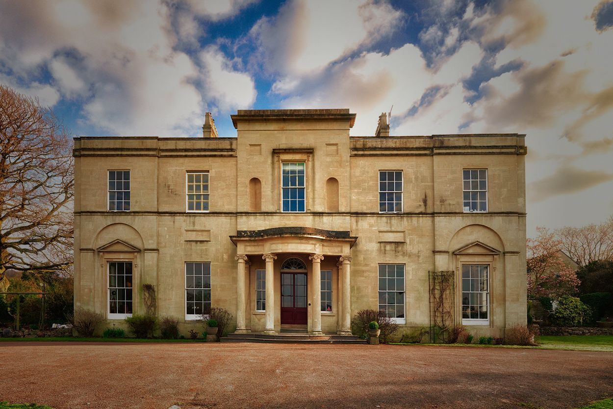 Backwell House Luxurious century country